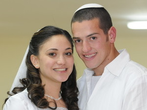 Aharon-Karov-wedding