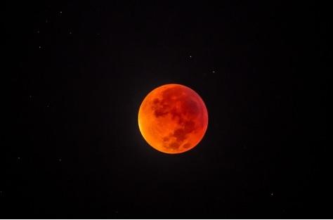 luna di sangue a Tel Aviv 2