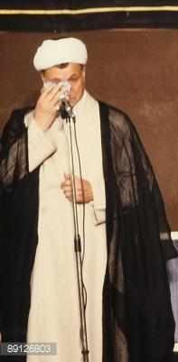 Rafsanjani piange