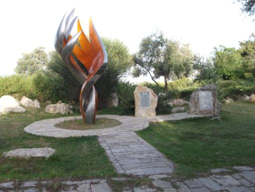 monumento-eroi-ger-2