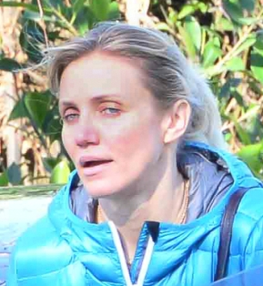 Cameron Diaz Goes Homeopathic and with No Makeup.