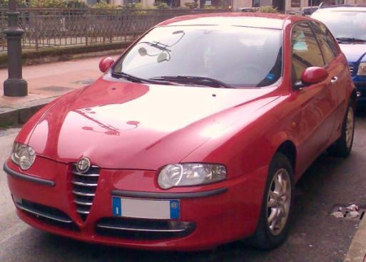 Alfa_147_rossa