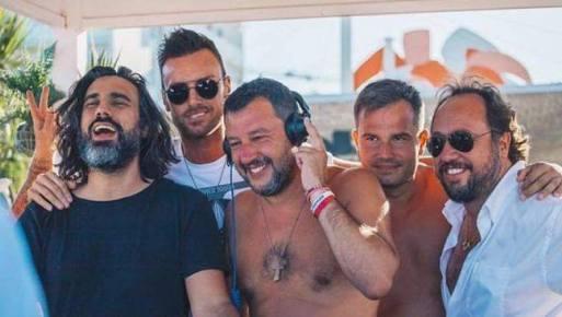 Salvini spiaggia