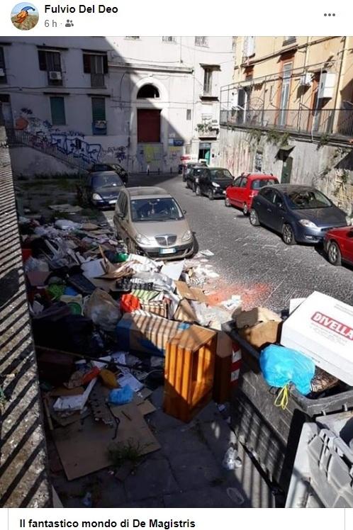 Napoli De Magistris